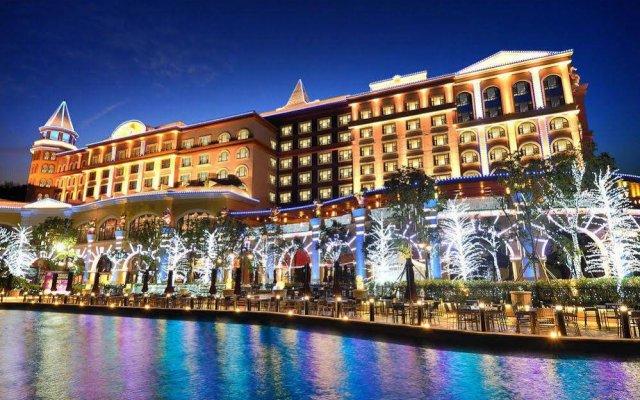 chimelong circus hotel zhuhai china zenhotels rh zenhotels com
