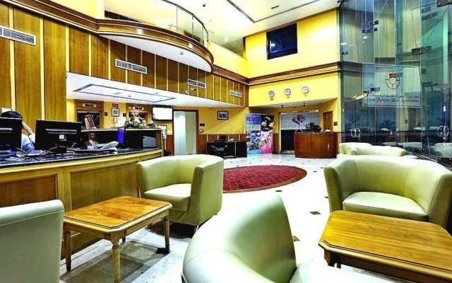 Отель Upscale Suite With Pool And Wellness 1 Bedroom Apts ОАЭ, Дубай - отзывы, цены и фото номеров - забронировать отель Upscale Suite With Pool And Wellness 1 Bedroom Apts онлайн интерьер отеля