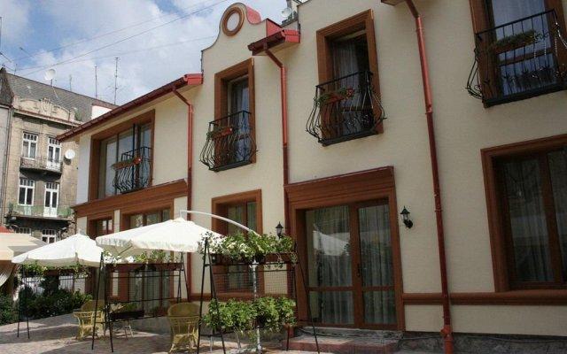 Гостиница Leotel Львов вид на фасад