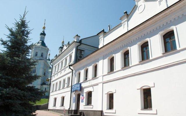Гостиница Воскресенский вид на фасад