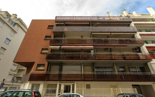 Апартаменты Studio Lybris JAG вид на фасад