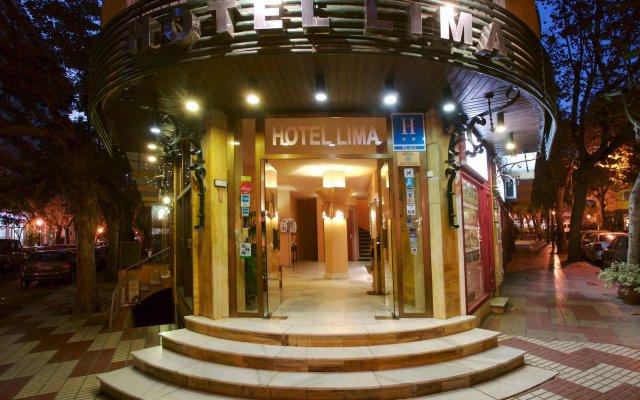 Hotel Lima вид на фасад