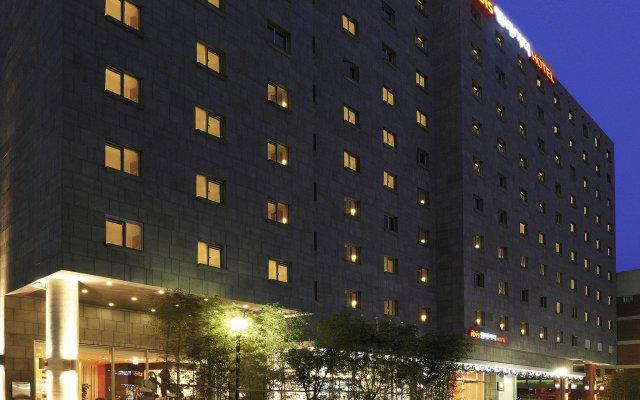 Отель ibis Ambassador Insadong вид на фасад