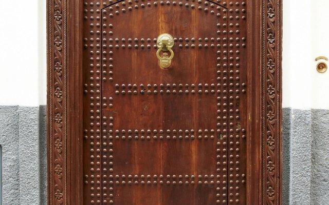Отель Albarnous Maison d'Hôtes Марокко, Танжер - отзывы, цены и фото номеров - забронировать отель Albarnous Maison d'Hôtes онлайн вид на фасад