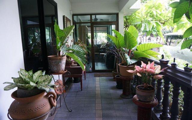 Отель Borarn House Таиланд, Бангкок - отзывы, цены и фото номеров - забронировать отель Borarn House онлайн вид на фасад
