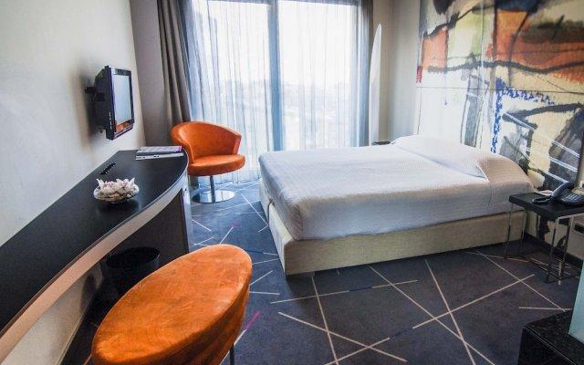 Отель Golden Tulip Zira Belgrade Белград комната для гостей