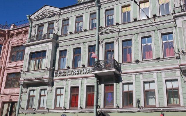 Гостиница Nevsky House в Санкт-Петербурге 9 отзывов об отеле, цены и фото номеров - забронировать гостиницу Nevsky House онлайн Санкт-Петербург вид на фасад
