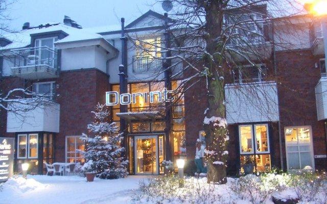 Отель Dorint Strandresort & Spa Ostseebad Wustrow вид на фасад