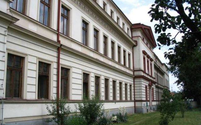 Hostel U Sv. Štěpána Литомержице вид на фасад