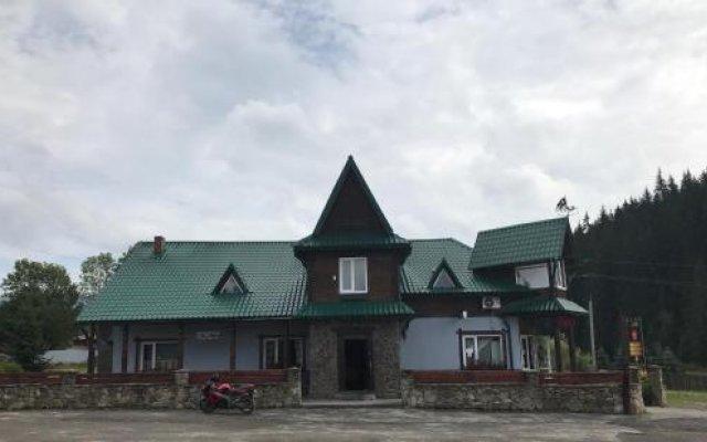 Отель Guest House Zator Волосянка вид на фасад
