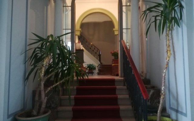 Отель The Captaincy Guesthouse Brussels вид на фасад
