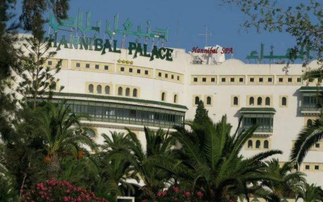 Отель Hannibal Palace Сусс вид на фасад