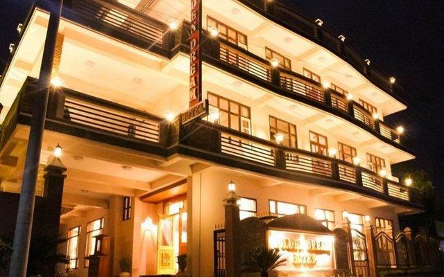 Golden Dream Hotel вид на фасад