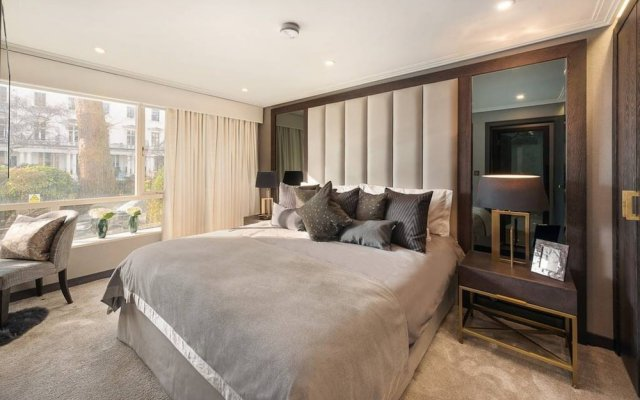 Отель 3 Bedroom Apartment With Garden in Knightsbridge Великобритания, Лондон - отзывы, цены и фото номеров - забронировать отель 3 Bedroom Apartment With Garden in Knightsbridge онлайн комната для гостей