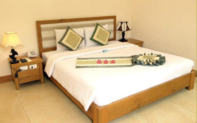 Huong Phong Ho Coc Beach Resort