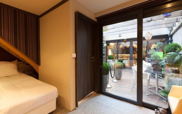 Отель Diamonds and Pearls Бельгия, Антверпен - отзывы, цены и фото номеров - забронировать отель Diamonds and Pearls онлайн вид на фасад