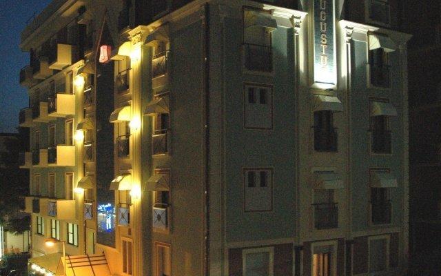 Hotel Augustus вид на фасад