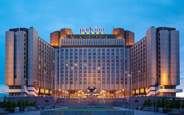 Гостиница Park Inn by Radisson Прибалтийская вид на фасад