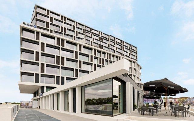 Radisson Blu Hotel Bruges вид на фасад
