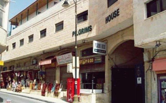 Отель Pilgrim's Guest House Иордания, Мадаба - отзывы, цены и фото номеров - забронировать отель Pilgrim's Guest House онлайн вид на фасад