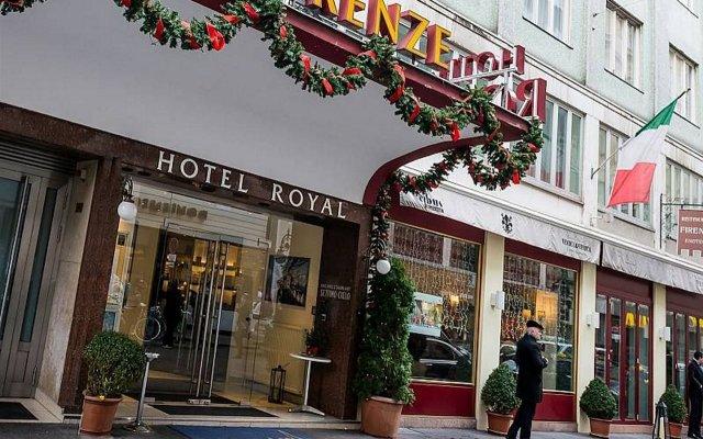 Hotel Royal вид на фасад