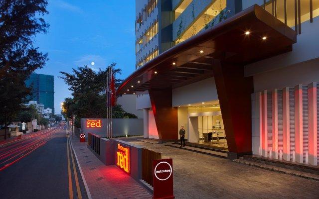 Отель Cinnamon RED Colombo Шри-Ланка, Коломбо - отзывы, цены и фото номеров - забронировать отель Cinnamon RED Colombo онлайн вид на фасад
