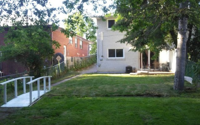 NEW !! Home Away From Home in the GTA