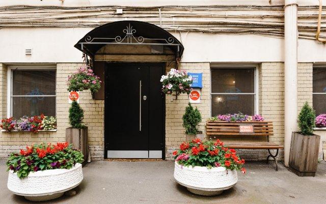 Гостевой дом Simple Гороховая Санкт-Петербург вид на фасад