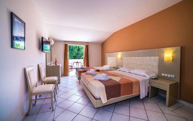 Porto Koukla Beach Hotel комната для гостей