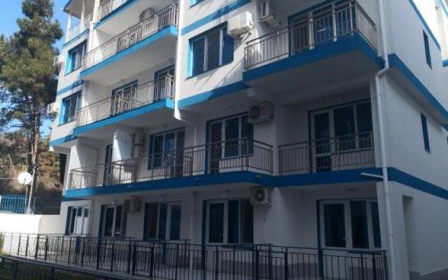 Отель Blue Bay Palace Apart Complex Болгария, Поморие - отзывы, цены и фото номеров - забронировать отель Blue Bay Palace Apart Complex онлайн вид на фасад