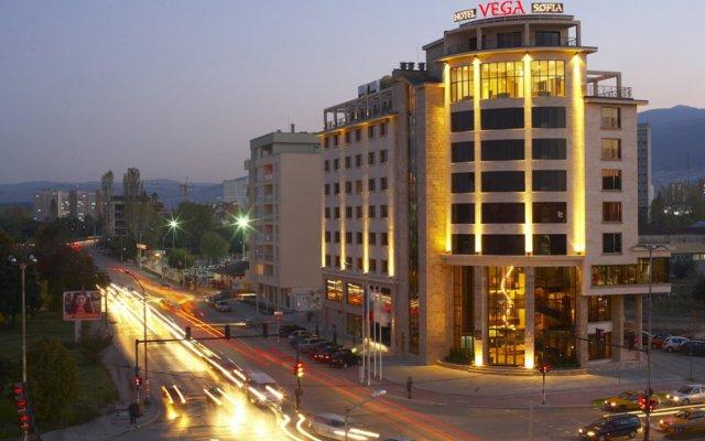 Hotel Vega Sofia вид на фасад