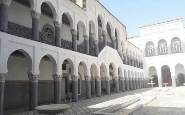 Отель 2 BR Charming Apartment Fes Марокко, Фес - отзывы, цены и фото номеров - забронировать отель 2 BR Charming Apartment Fes онлайн вид на фасад