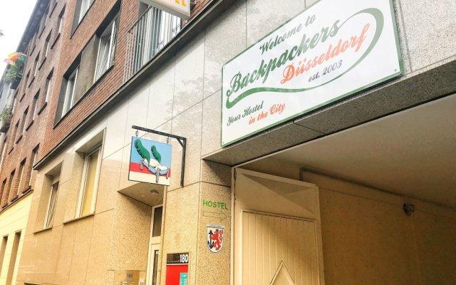 Отель Backpackers Düsseldorf вид на фасад