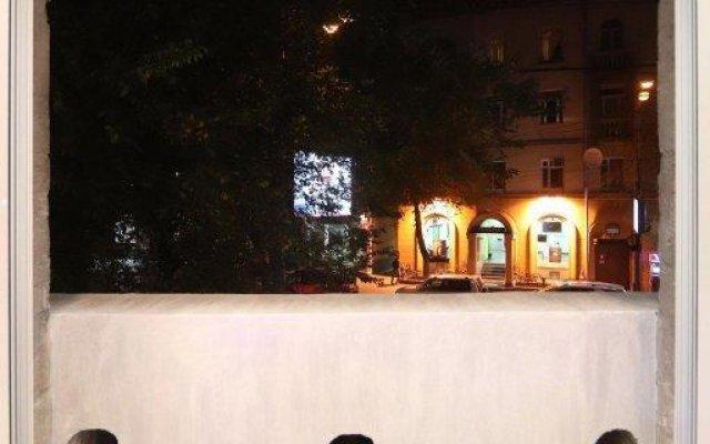 Отель V Eksklyuzivnom Stile Apartmen Ереван балкон