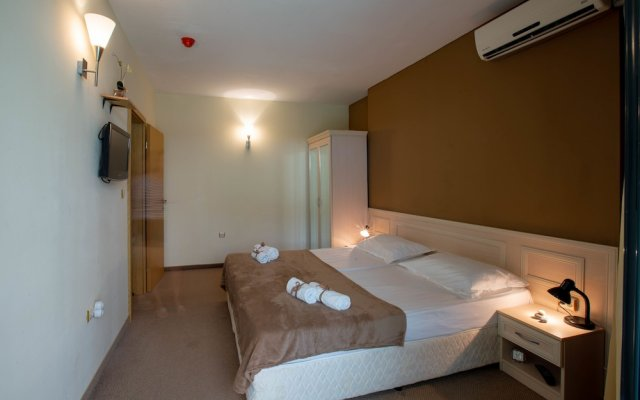Апартаменты Apartment with Kitchenette in Avalon Complex комната для гостей