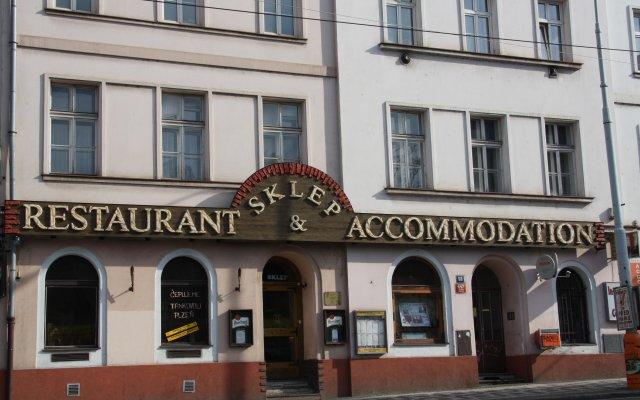 Отель Sklep Restaurant & Accommodation Чехия, Прага - отзывы, цены и фото номеров - забронировать отель Sklep Restaurant & Accommodation онлайн вид на фасад