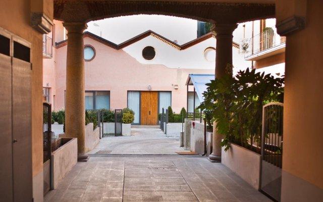 Отель BB Hotels Aparthotel Navigli