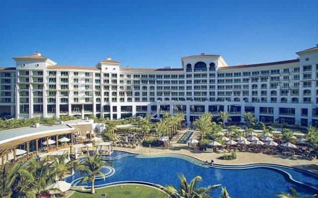 Отель Waldorf Astoria Dubai Palm Jumeirah вид на фасад