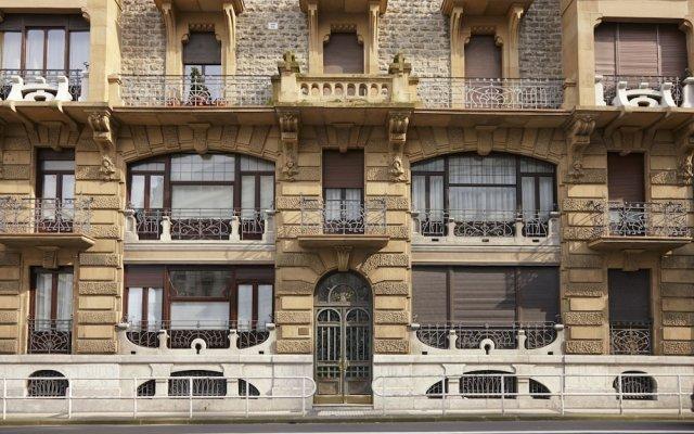Апартаменты Zubieta Playa 2 Apartment by FeelFree Rentals вид на фасад