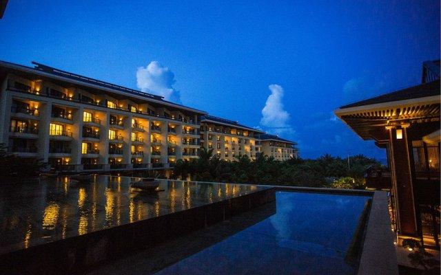 Отель Haitang Bay Gloria Sanya E-Block вид на фасад