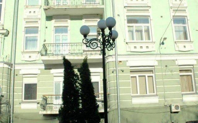 Отель Pecherskie Lipki Киев вид на фасад