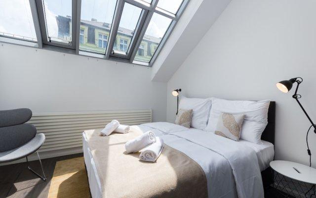 Отель EMPIRENT Rose Apartments Чехия, Прага - отзывы, цены и фото номеров - забронировать отель EMPIRENT Rose Apartments онлайн вид на фасад