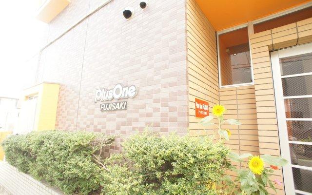 Отель Plus One Fujisaki Фукуока вид на фасад