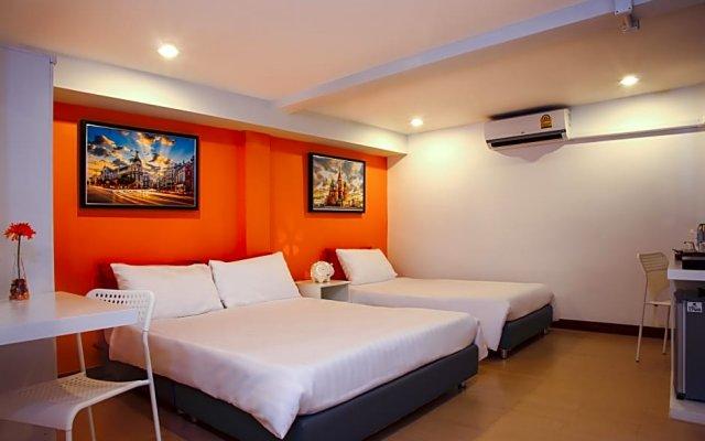 Отель Errday Guest House Бангкок комната для гостей