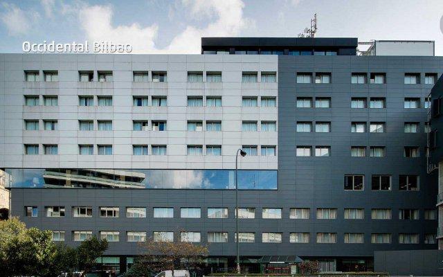 Отель Occidental Bilbao вид на фасад