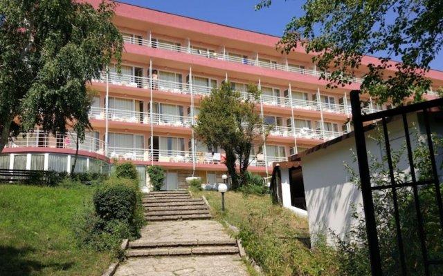 Vezhen Hotel - Free Parking