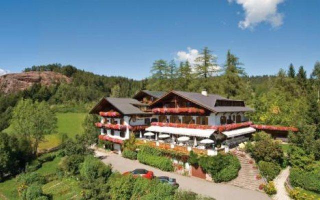 Отель Restaurant Oberwirt Италия, Лана - отзывы, цены и фото номеров - забронировать отель Restaurant Oberwirt онлайн вид на фасад
