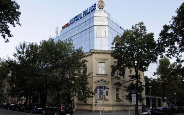 Бутик Отель Кристал Палас вид на фасад