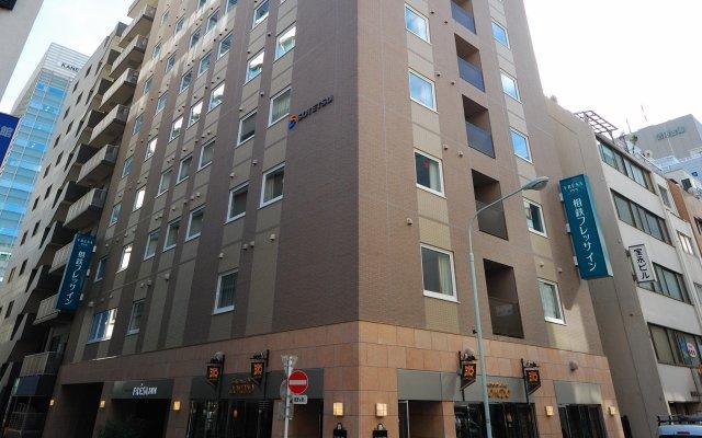 Отель Sotetsu Fresa Inn Tokyo-Kyobashi вид на фасад