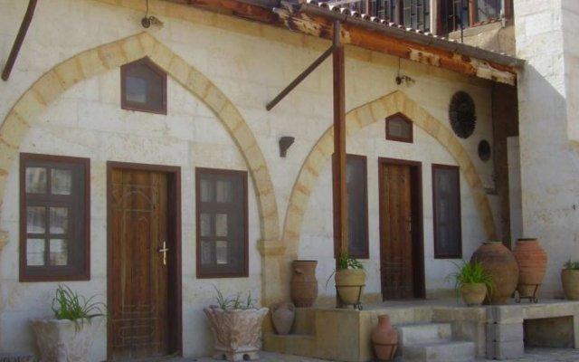 Отель Tokmak Guest House Аванос вид на фасад